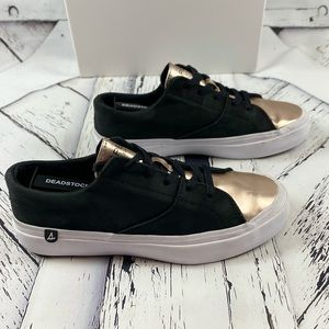 Sperry Black & Gold Rose Sneakers size 6.5